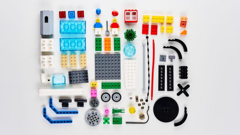 Lego Flatlay | Manuel Grassler LEGO Serious Play Facilitator & Experte für Veränderungsprozesse